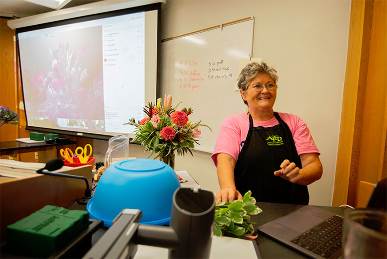 Flowers delivered for hands-on instruction in MSU